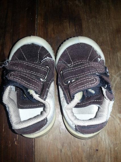 Zapatillas De Gamuza Con Abrojo Niño Marca Elton, Talle 19