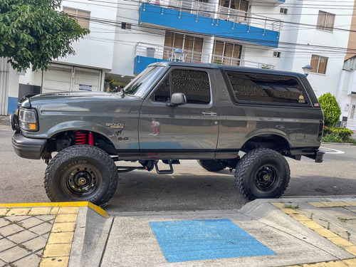 Ford Bronco 1996 5.0 Xlt