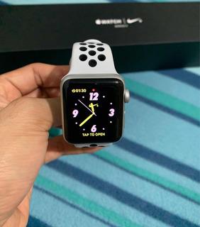 Apple Watch Series 3 38mm Silver Aluminum Nike+ Reloj Sport