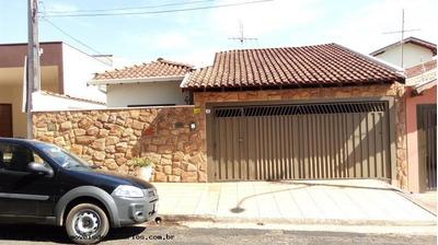 Casa Para Venda Em São Carlos, Residencial Samambaia, 3 Dormitórios, 1 Suíte, 2 Banheiros, 2 Vagas - Lc325