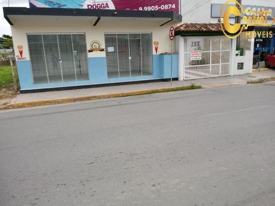 Casa Com 3 Dormitório(s) Localizado(a) No Bairro Centro Em Balneário Piçarras / Balneário Piçarras - 431