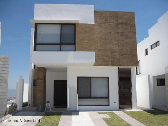 Casa En Venta Zibata 2197 Jl