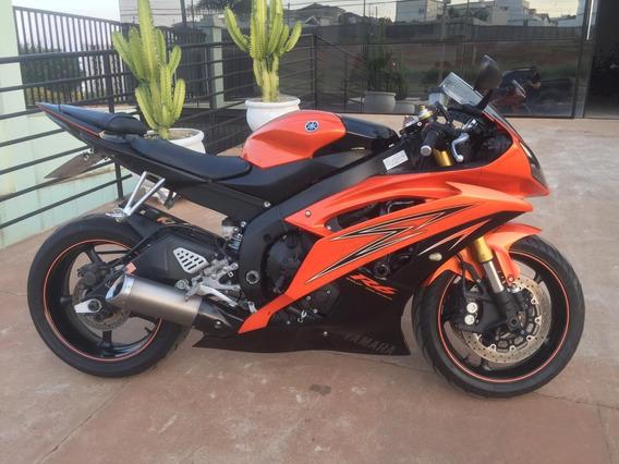 Yamaha - R6- 600