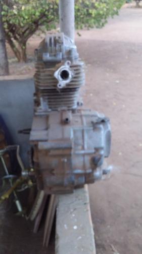 Imagem 1 de 4 de Motor De Moto Cg125 Ano 99