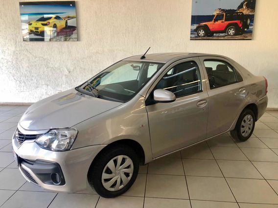 Toyota Etios Sedan 1.5 X 2018 - Manual