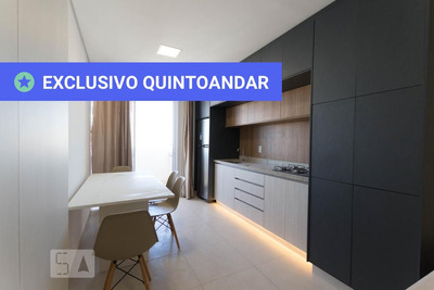 Apartamento No 24º Andar Mobiliado Com 1 Dormitório E 1 Garagem - Id: 892931989 - 231989