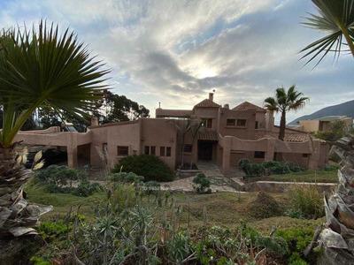 Espectacular Casa En Cerro Grande La Serena