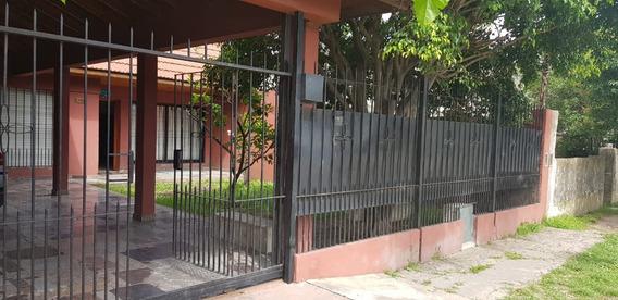 Venta Casa 4 Amb. C/cochera