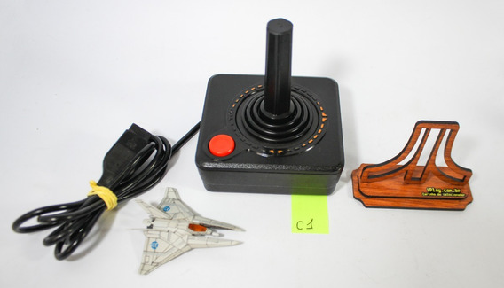 1 Joystick [ Atari 2600 ] Controle Americano Madeira Cx-40