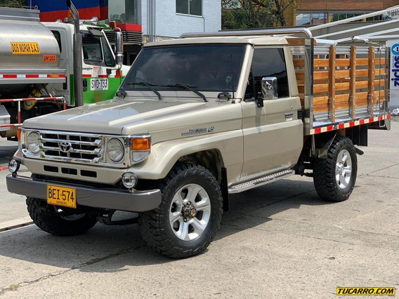 Toyota Land Cruiser 4500 Mt