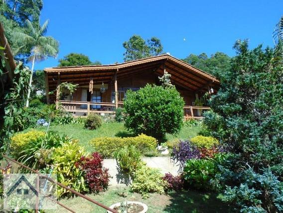 Casa Para Venda Em Nova Friburgo, Parque Dom João Vi, 2 Dormitórios, 1 Suíte, 2 Banheiros, 2 Vagas - 005