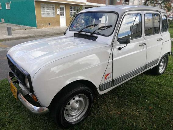 Renault R 4 Líder