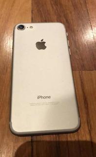 iPhone 7, Color Plateado 128gb