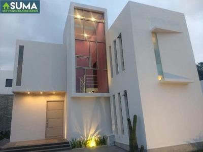 Casa Sola En Venta Fraccionamiento Romanza