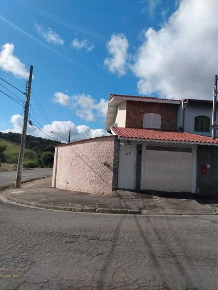 Casa Sobrado Esquina De 3 Quartos, 3 Banheiros