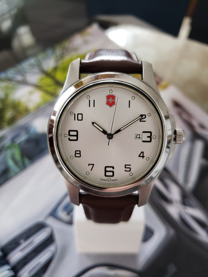 Relógio Victorinox / Mido/ Seiko 26053 Cb Pulseira De Couro