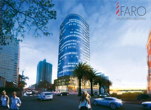 Oficinas De 150 A 167 M2 En World Trade Center Punta Del Este- Ref: 36105