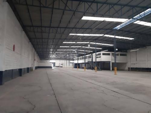 Centrica Bodega Venta 4,772 M2 Industria Ligera