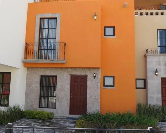 Casa En Venta En Zirandaro, San Miguel Allende, Rah-mx-20-376