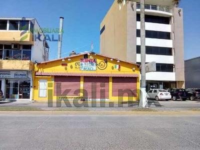 Renta Local Comercial 500 M² Frente Al Río Tuxpam Veracruz. Ubicado Sobre El Boulevard Jesús Reyes Heroles #59 Con 13 Metros Frente Al Rio Y Por La Parte De Atrás 6.5 M. Con La Av, Juárez De La Colo