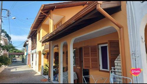 Imagem 1 de 30 de Casa Com 6 Dormitórios À Venda, 198 M² Por R$ 750.000,00 - Armação - Florianópolis/sc - Sc - Ca0104_feelin