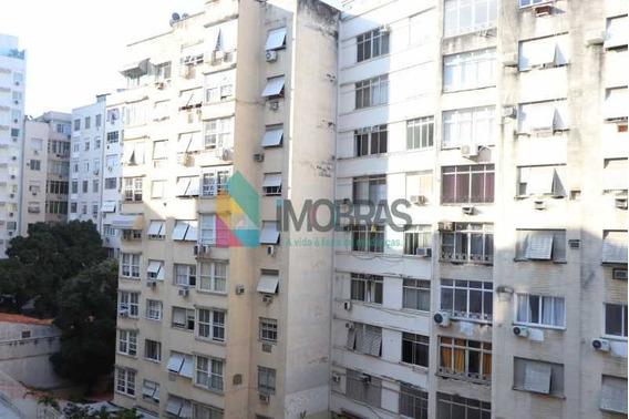 Apartamento Em Copacabana 3 Quartos Em Rua Transversal Nobre! - Cpap31074