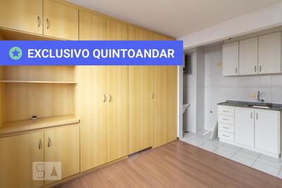 Apartamento No 2º Andar Mobiliado Com 1 Dormitório E 1 Garagem - Id: 892931832 - 231832