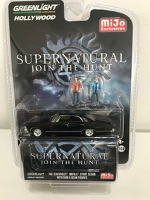 Greenlight Hollywood Supernatural Impala Sport With Figures