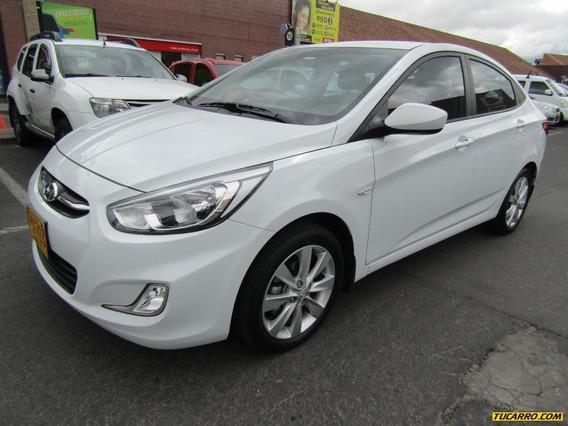 Hyundai Accent Mt Premium