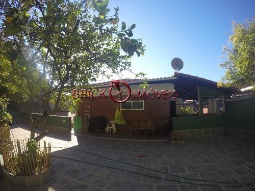 Imagem 1 de 30 de Terreno Com 3 Casas Em Teresópolis. - Ca00223 - 4849480