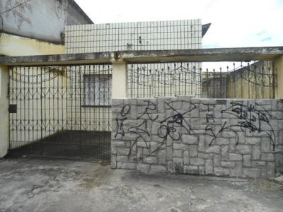 Casa Residencial À Venda, Montese, Fortaleza. - Ca0726