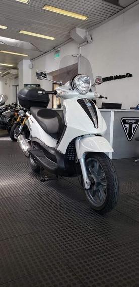 Piaggio Bevery Tourer 300 - Hilton Motors