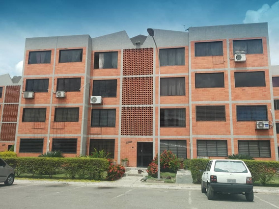 Venta De Apartamento En Residencias Parque Coropo. Aragua