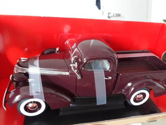 Studebaker Pick-up 1/18