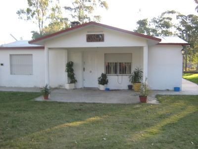Casa Con Piscina En Costa Azul