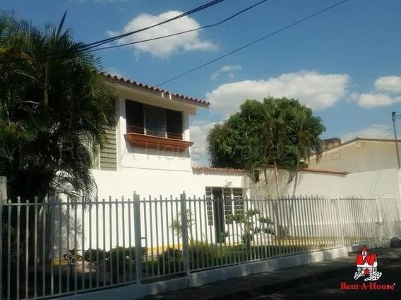 Quinta Venta Fundación Mendoza, Maracay 20-9245 Hcc