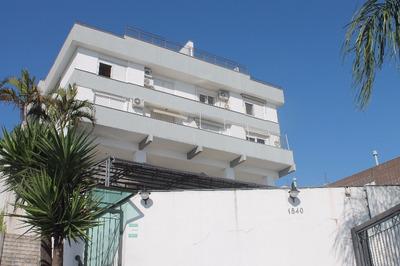 Apartamento Em Praia De Belas Com 3 Dormitórios - Lu265823