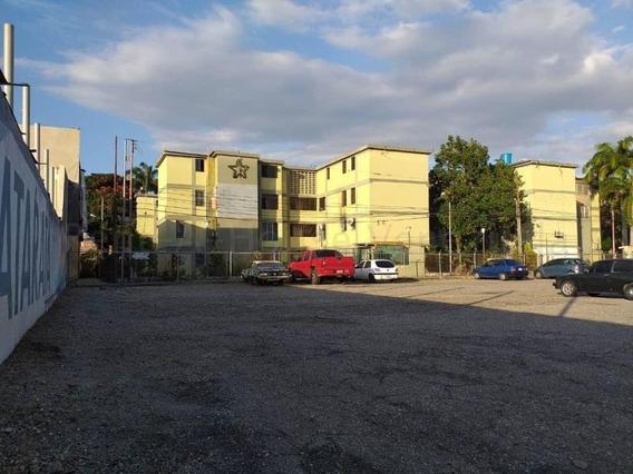 Apartamento En Venta En Barquisimeto Rah20-7012