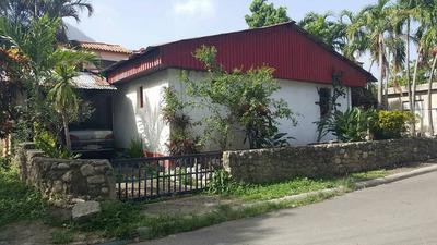 Oportunidad Casa En Puerto Plata De Dos Habitaciones