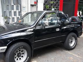 Isuzu Amigo - Jeep Willys Renegade Suzuki Samurai Vitara