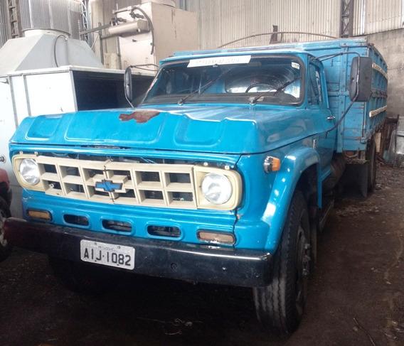 Caminhão A Diesel Chevrolet D60 Com Carroceria Graneleira