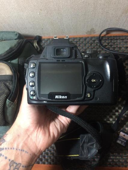 Camera Nikon D60, Lente 18 - 55mm,14.000 Clicks