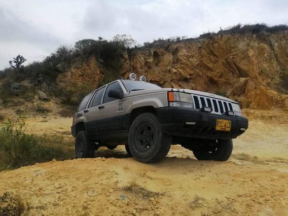 Jeep Cherokee Vendo Camioneta