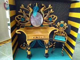 Tocador Monster High Cleo De Nile.
