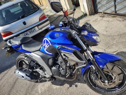 Imagem 1 de 4 de Yamaha Ys Fazer 250