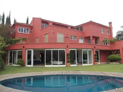 Casa Em Condomínio 1800m² Au - Nm602
