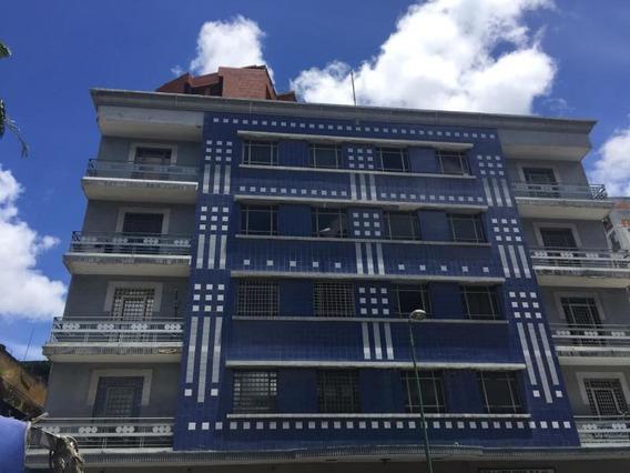 Abm 19-14252 Oficina En Alquiler Chacaito