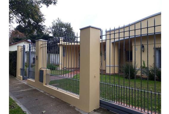 Venta Casa Ranelagh De 3 Ambientes Con Parque
