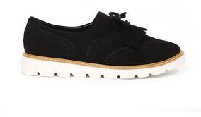 Trender Flat Semipuntal En Color Negro Y Flecos Frontales