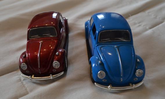 Conjunt 2 Miniaturas Volkswagen Classic Beetle - Escala 1/32